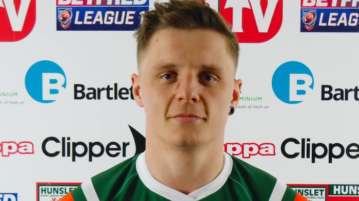Hawksworth signs for Rams