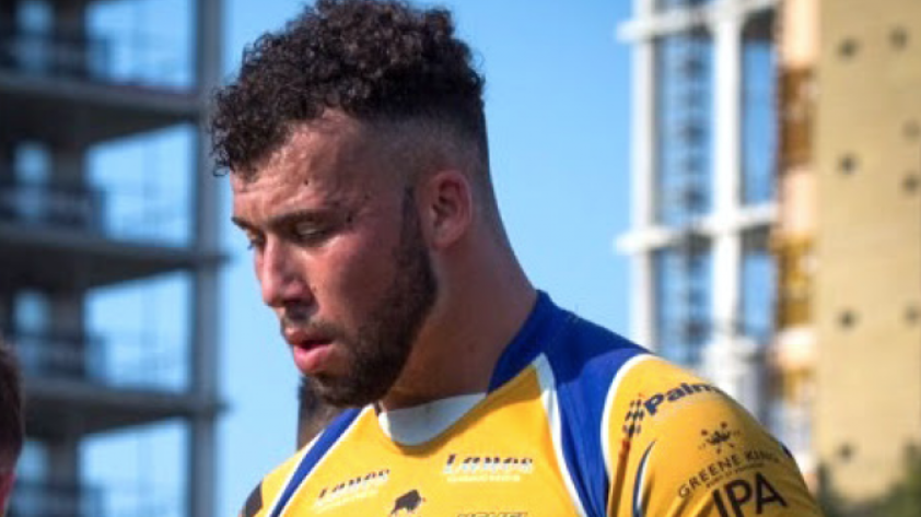 Thornton Delighted To Sign For Hometown Club
